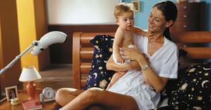 мама с ребенком и bioptron